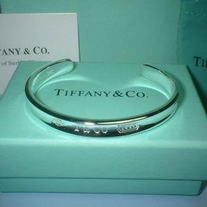 Tiffany 1837 open bangle